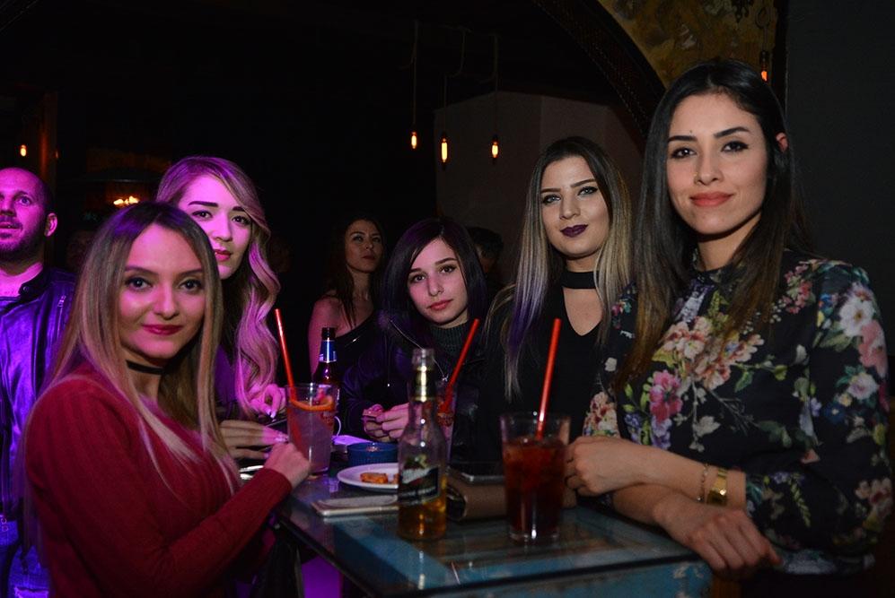 Lefkoşa'ya yeni soluk; Barricade Lounge & Bar galerisi resim 23