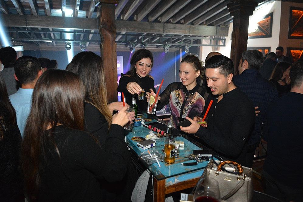 Lefkoşa'ya yeni soluk; Barricade Lounge & Bar galerisi resim 25