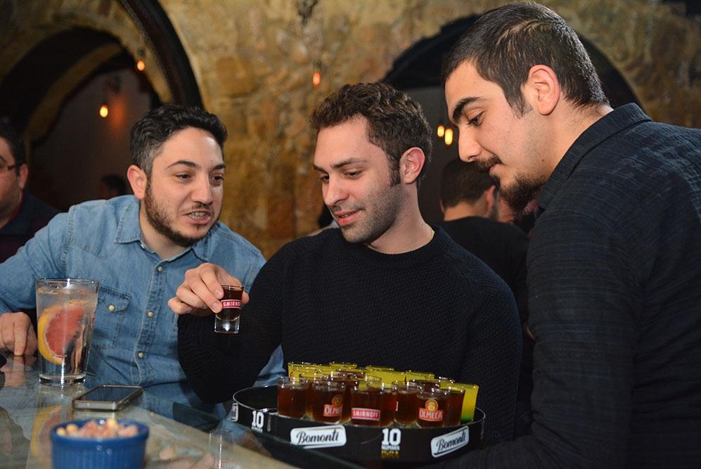Lefkoşa'ya yeni soluk; Barricade Lounge & Bar galerisi resim 43