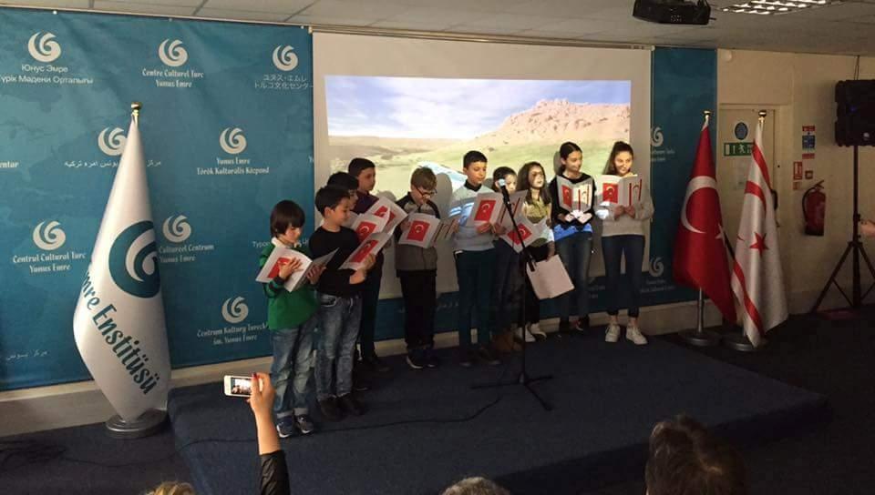 Londra  Türk Dili ve  Kültürü Okulları arasında ilk defa düzenlenen  Şii galerisi resim 1
