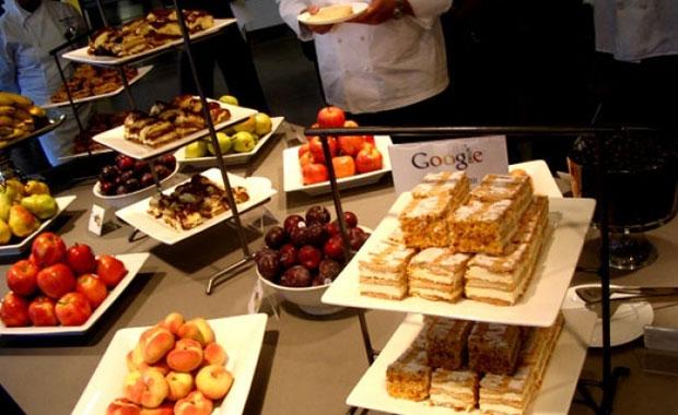 Facebook, Google gibi şirkettlerin mutfaklarını merak ediyor musunuz? galerisi resim 7