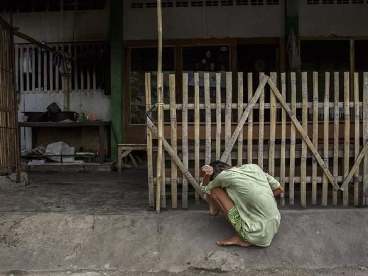 Endonezya'da insanlıktan utandıran görüntüler! galerisi resim 13