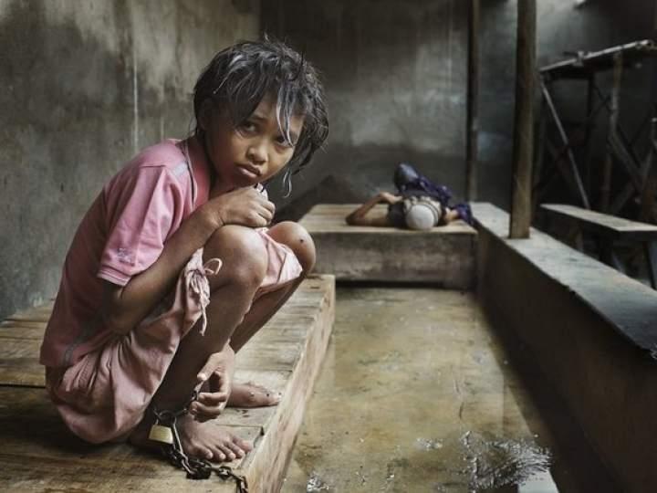 Endonezya'da insanlıktan utandıran görüntüler! galerisi resim 2
