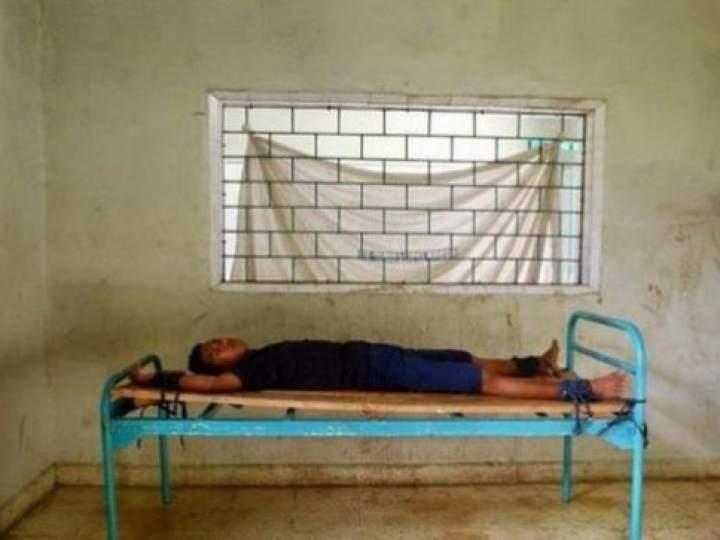 Endonezya'da insanlıktan utandıran görüntüler! galerisi resim 21