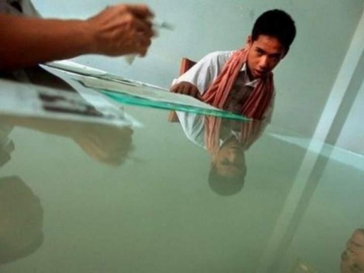 Endonezya'da insanlıktan utandıran görüntüler! galerisi resim 22