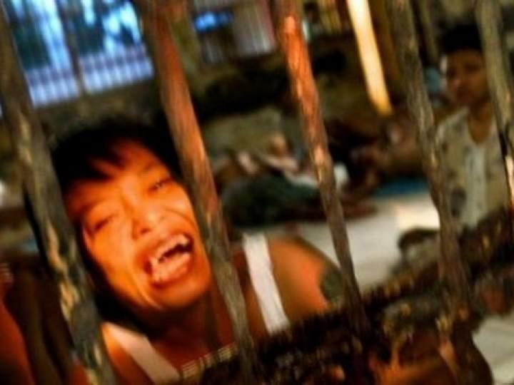 Endonezya'da insanlıktan utandıran görüntüler! galerisi resim 25