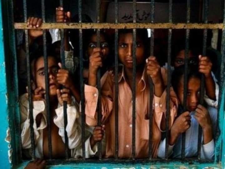Endonezya'da insanlıktan utandıran görüntüler! galerisi resim 26