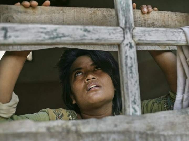 Endonezya'da insanlıktan utandıran görüntüler! galerisi resim 6