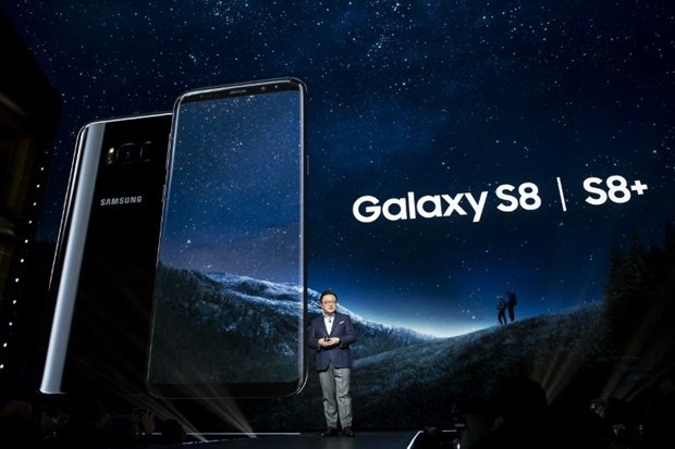 Samsung Galaxy S8 Plus, Galaxy S8'i geride bıraktı! galerisi resim 17