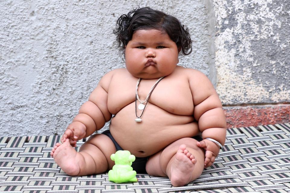 Görenler şaşırıyor, 8 aylık Chahat Kumar bebek 17 kilo! galerisi resim 7