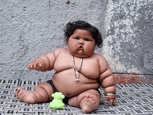 Görenler şaşırıyor, 8 aylık Chahat Kumar bebek 17 kilo!