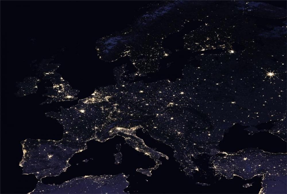 NASA, uzaydan Dünya'nın gece görüntülerini yayınladı galerisi resim 1