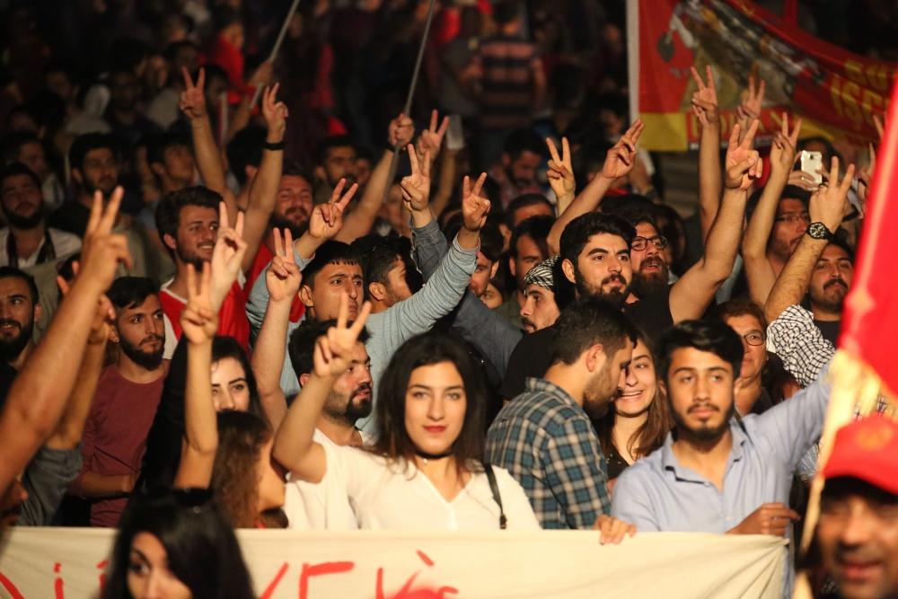 """Çetinkaya'da ortak 1 Mayıs: """"Hade iki toplumlu greve!"""" galerisi resim 3"""