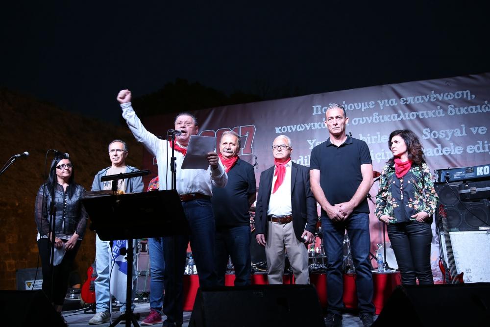 """Çetinkaya'da ortak 1 Mayıs: """"Hade iki toplumlu greve!"""" galerisi resim 5"""