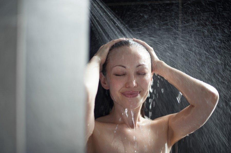 Sıcak suyla banyo yapmak iyi hissettiriyor! galerisi resim 1