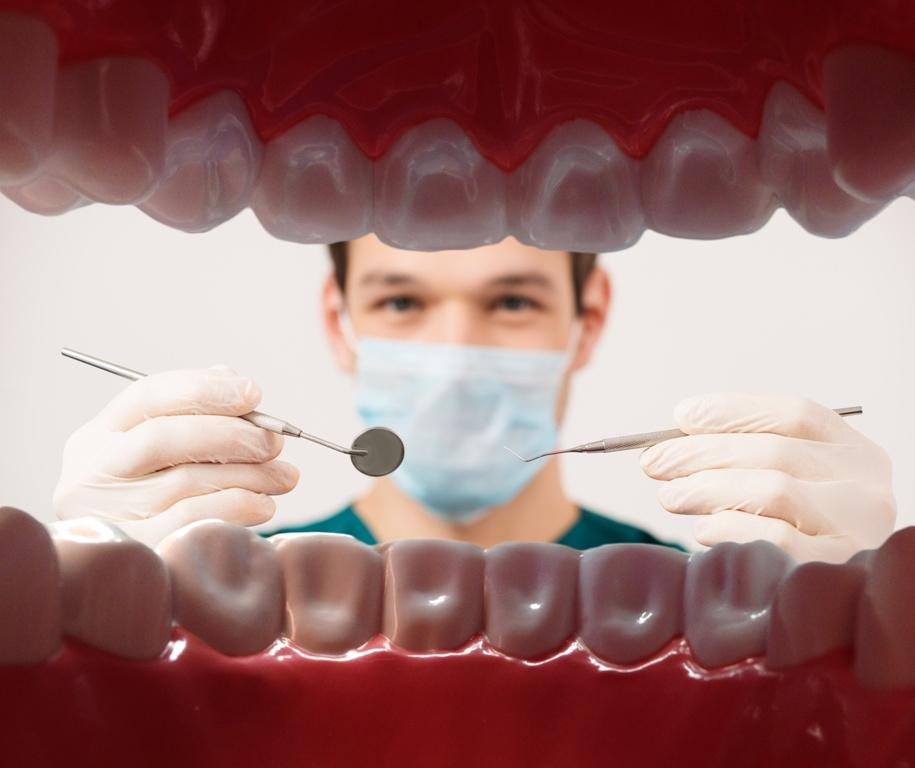 Herkesin Kabusu: Yirmi Yaş Dişleri! galerisi resim 1