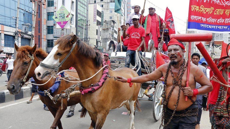 Fotoğraflarla: Dünyada işçiler 1 Mayıs'ı nasıl kutladı? galerisi resim 9
