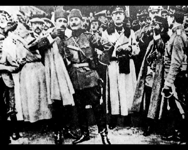 Atatürk'ün bu fotoğraflarını belkide hiç görmediniz galerisi resim 101