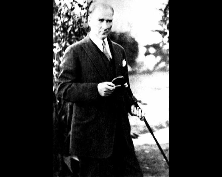 Atatürk'ün bu fotoğraflarını belkide hiç görmediniz... galerisi resim 102