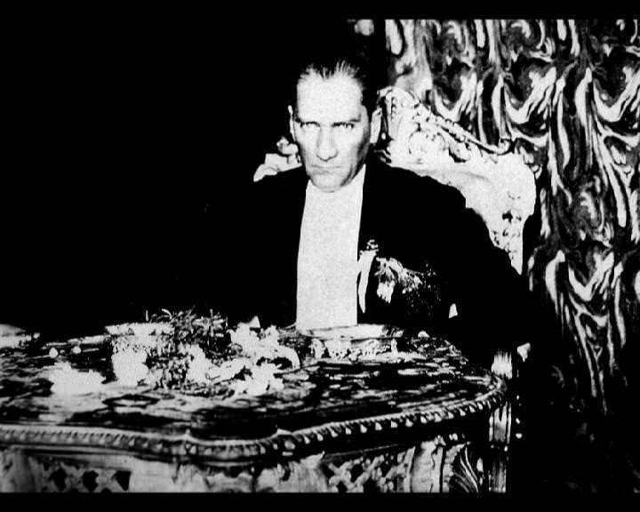 Atatürk'ün bu fotoğraflarını belkide hiç görmediniz... galerisi resim 105
