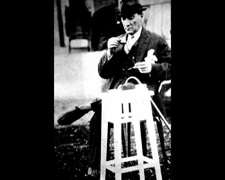 Atatürk'ün bu fotoğraflarını belkide hiç görmediniz... galerisi resim 110