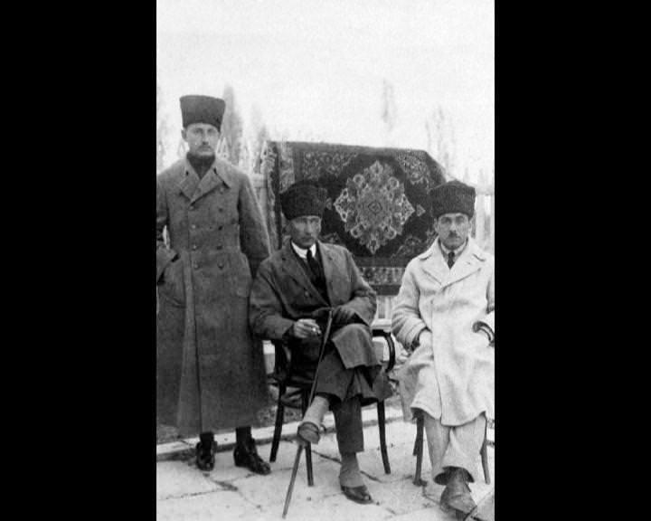 Atatürk'ün bu fotoğraflarını belkide hiç görmediniz galerisi resim 112
