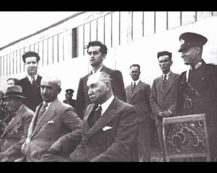 Atatürk'ün bu fotoğraflarını belkide hiç görmediniz galerisi resim 117
