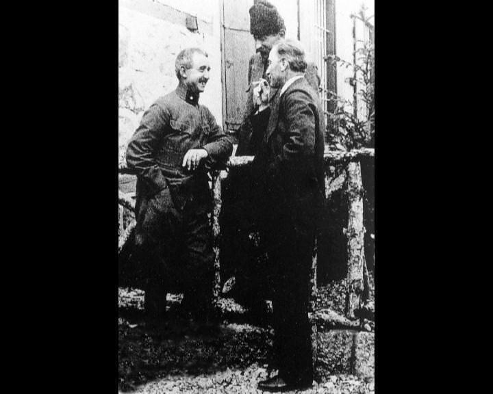 Atatürk'ün bu fotoğraflarını belkide hiç görmediniz galerisi resim 118