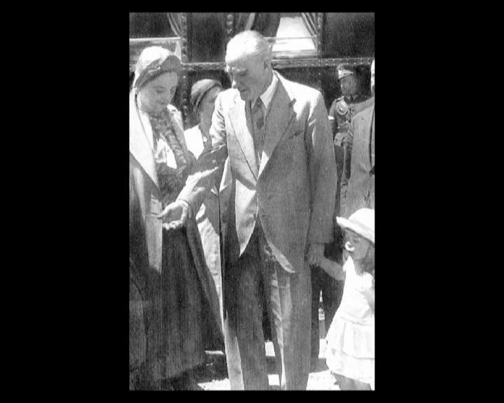 Atatürk'ün bu fotoğraflarını belkide hiç görmediniz galerisi resim 122