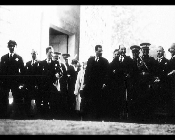 Atatürk'ün bu fotoğraflarını belkide hiç görmediniz galerisi resim 13