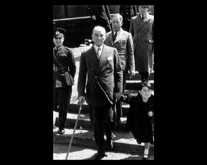 Atatürk'ün bu fotoğraflarını belkide hiç görmediniz galerisi resim 130