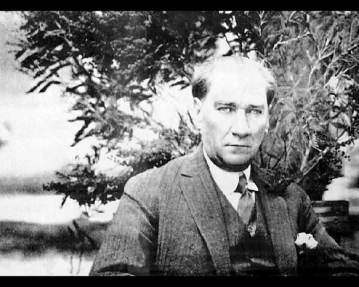 Atatürk'ün bu fotoğraflarını belkide hiç görmediniz... galerisi resim 14