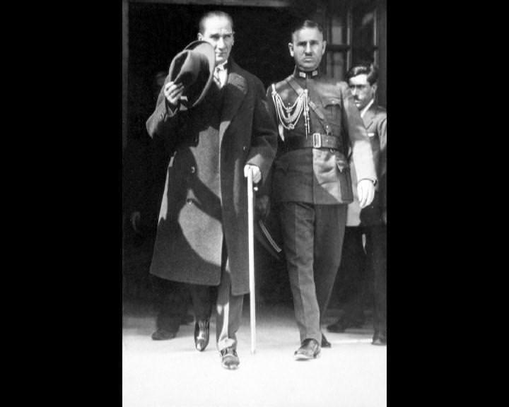 Atatürk'ün bu fotoğraflarını belkide hiç görmediniz... galerisi resim 145