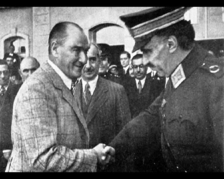 Atatürk'ün bu fotoğraflarını belkide hiç görmediniz galerisi resim 149