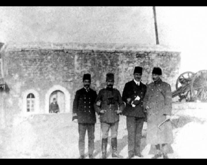 Atatürk'ün bu fotoğraflarını belkide hiç görmediniz... galerisi resim 151