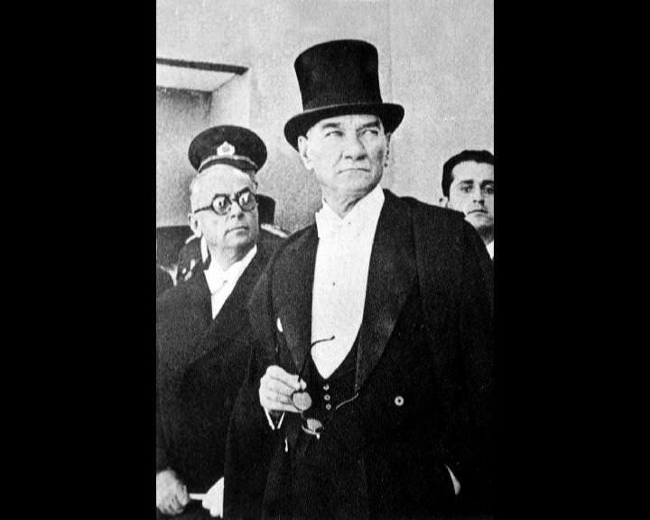 Atatürk'ün bu fotoğraflarını belkide hiç görmediniz galerisi resim 155