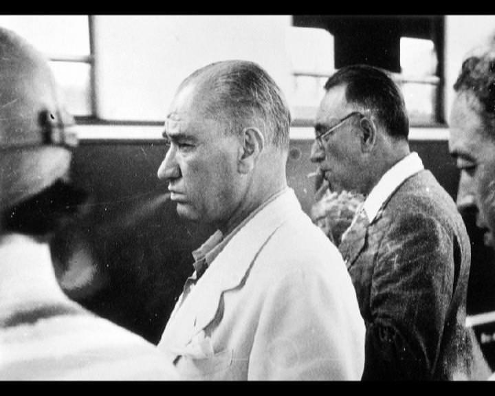 Atatürk'ün bu fotoğraflarını belkide hiç görmediniz galerisi resim 16