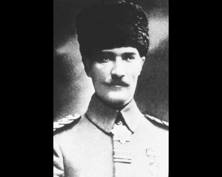 Atatürk'ün bu fotoğraflarını belkide hiç görmediniz galerisi resim 165