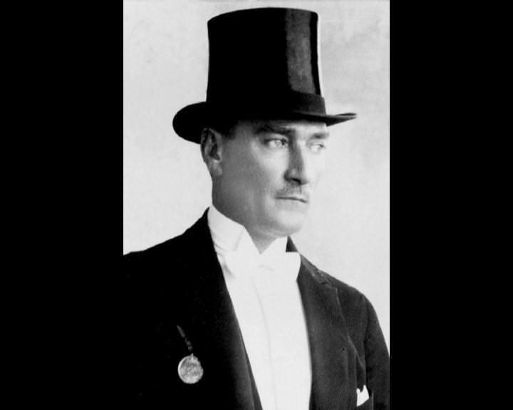 Atatürk'ün bu fotoğraflarını belkide hiç görmediniz galerisi resim 167