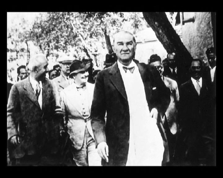 Atatürk'ün bu fotoğraflarını belkide hiç görmediniz galerisi resim 17