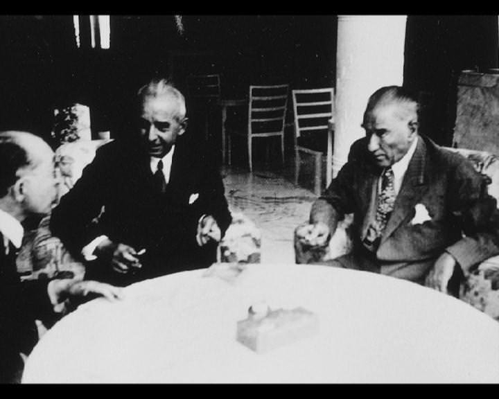 Atatürk'ün bu fotoğraflarını belkide hiç görmediniz galerisi resim 171