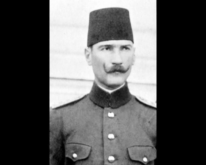 Atatürk'ün bu fotoğraflarını belkide hiç görmediniz galerisi resim 172