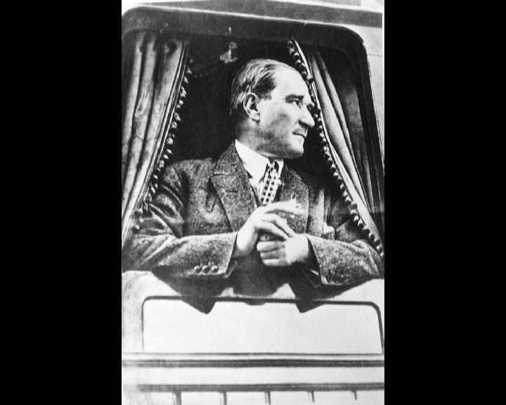 Atatürk'ün bu fotoğraflarını belkide hiç görmediniz galerisi resim 184