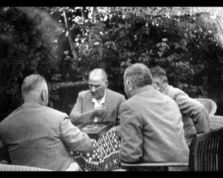 Atatürk'ün bu fotoğraflarını belkide hiç görmediniz galerisi resim 188