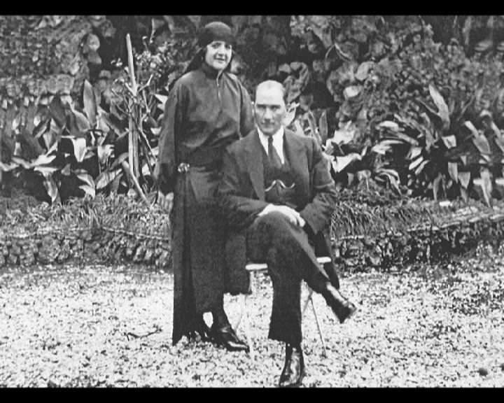 Atatürk'ün bu fotoğraflarını belkide hiç görmediniz galerisi resim 194