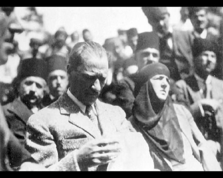 Atatürk'ün bu fotoğraflarını belkide hiç görmediniz... galerisi resim 203