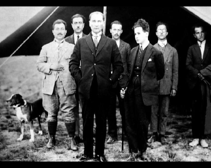 Atatürk'ün bu fotoğraflarını belkide hiç görmediniz galerisi resim 208