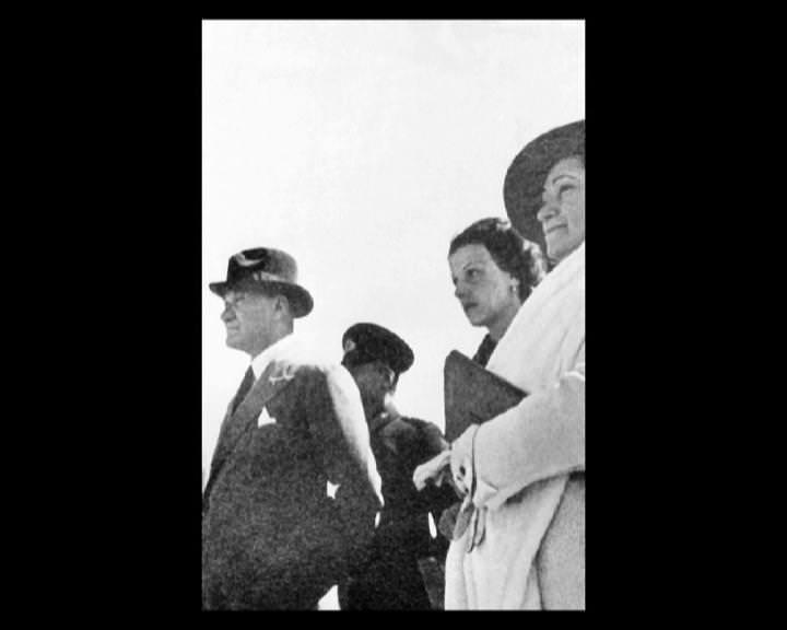 Atatürk'ün bu fotoğraflarını belkide hiç görmediniz... galerisi resim 213