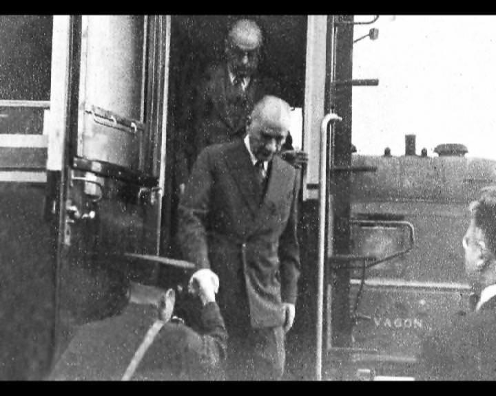 Atatürk'ün bu fotoğraflarını belkide hiç görmediniz galerisi resim 219