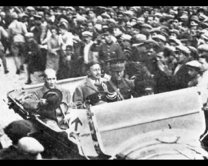 Atatürk'ün bu fotoğraflarını belkide hiç görmediniz... galerisi resim 227